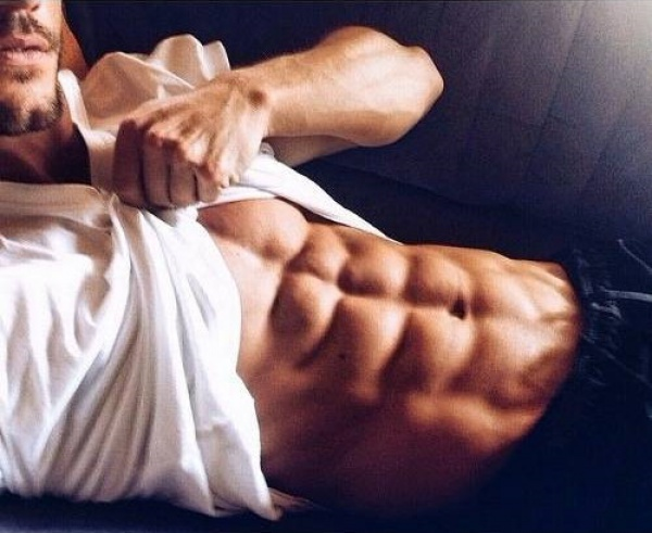 腹肌锻炼计划+饮食计划