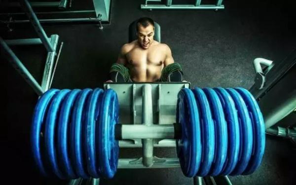 如何在减脂期间防止肌肉流失?