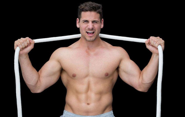 如何练就大胸肌,让你拥有挺拔的姿态?练胸的几个小秘诀