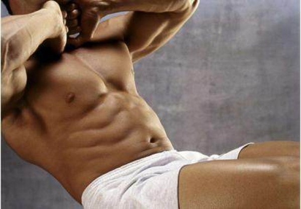 平板支撑时间越久效果越好吗?如何合理把控腹部锻炼强度