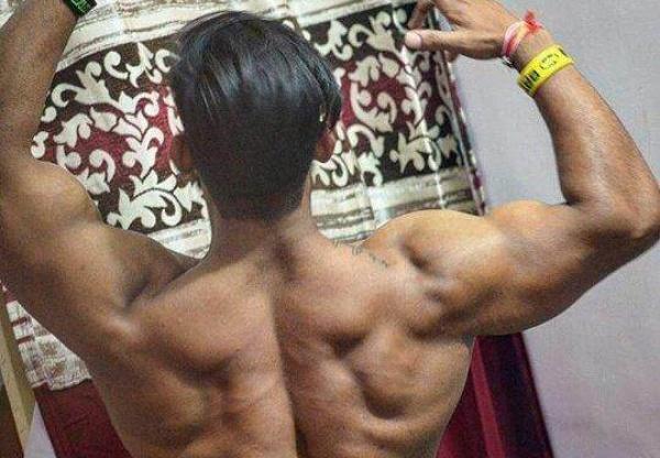 背部训练小技巧,三个动作,让你能够更好的训练背部