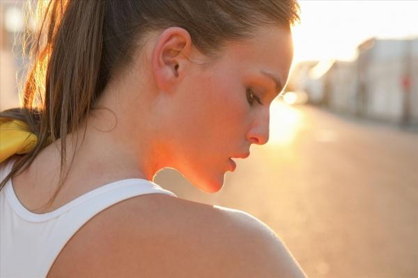 小仙女徒手锻炼想要好身材的4个动作