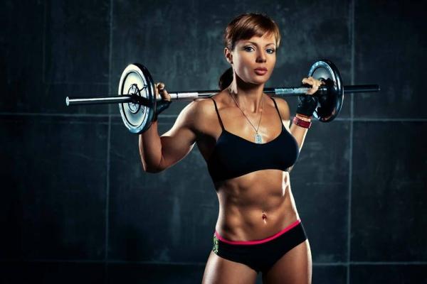 肩部训练好动作:杠铃前后交替推举!