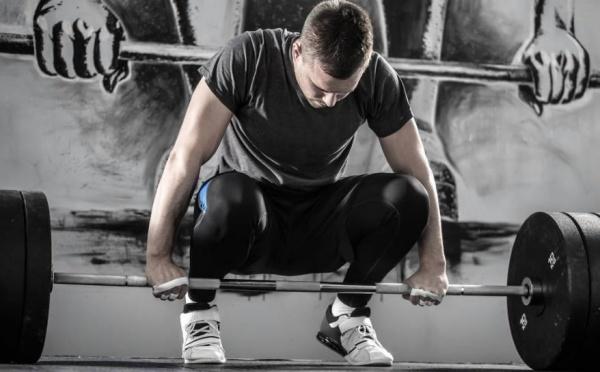 总结健身训练中容易导致受伤的6个动作