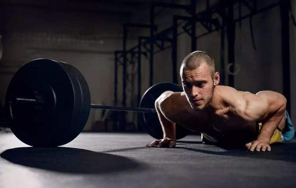 """""""100次""""(100rep)燃脂增肌训练法"""
