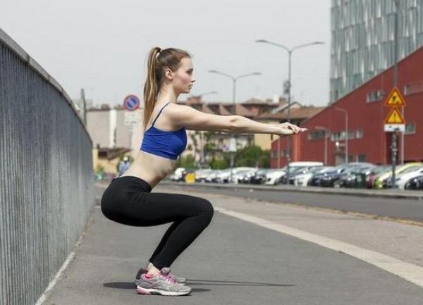 如何减掉臀部脂肪 5个妙招 让你的臀部肌肉动起来