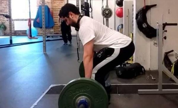 硬拉重点:肩胛的稳定度!