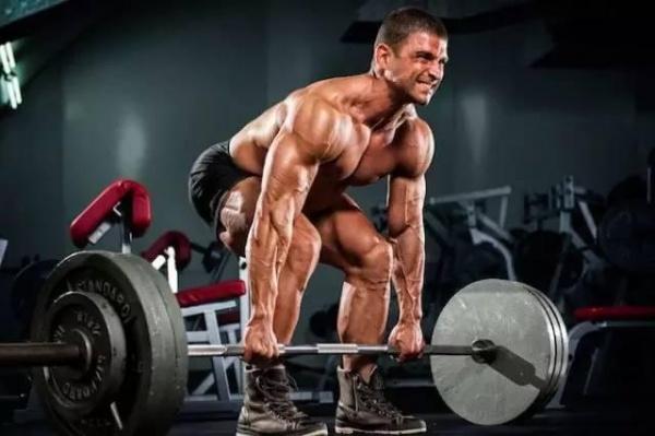 这7种硬拉方法让你更大更强!