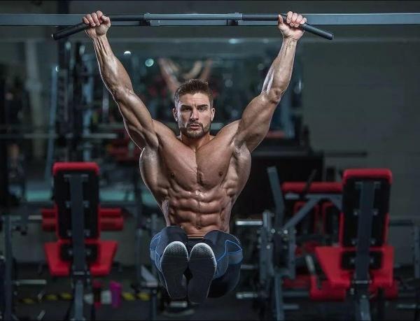 构建厚实六块腹肌的七个重要训练元素