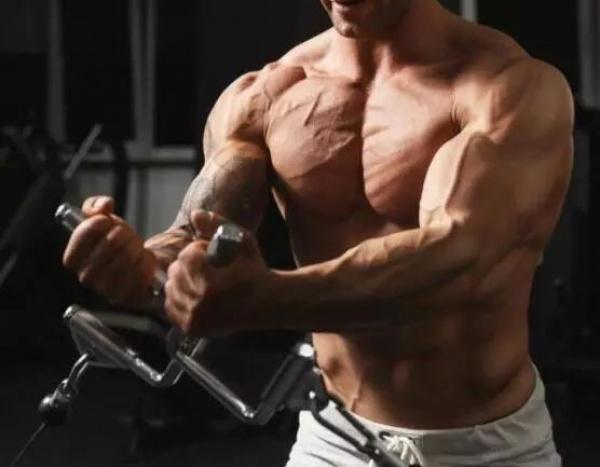 强化上胸:你从未试过的两个动作推荐