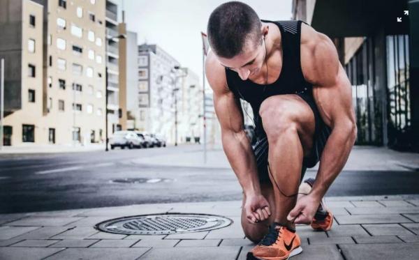 先做力量还是先跑步?哪样增肌减脂更高效?
