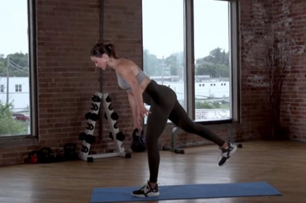单腿硬拉标准动作要领详解