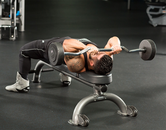 raise-the-bar-on-triceps-long-head-growth-MUSCLETECH-v2-1-640xh.jpg